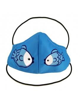 Mascareta tèxtil de tela amb dibuix peixos blaus i blancs. Mascareta FFP2 reutilitzable